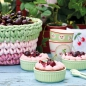"Preview: GreenGate Serviette ""Cherry Red"" bestickt"
